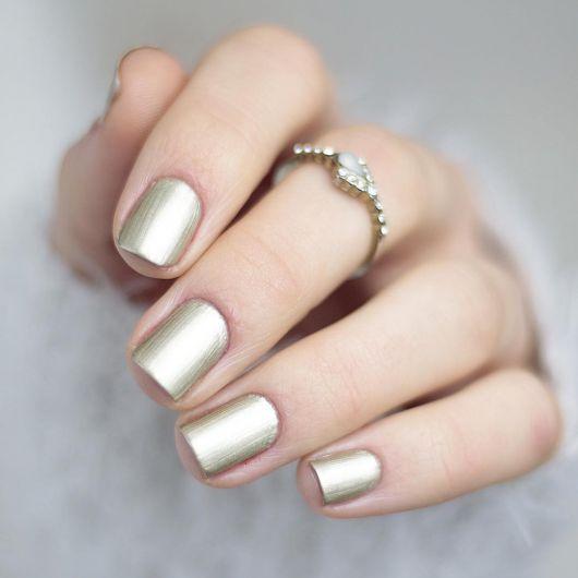Лак для ногтей №580